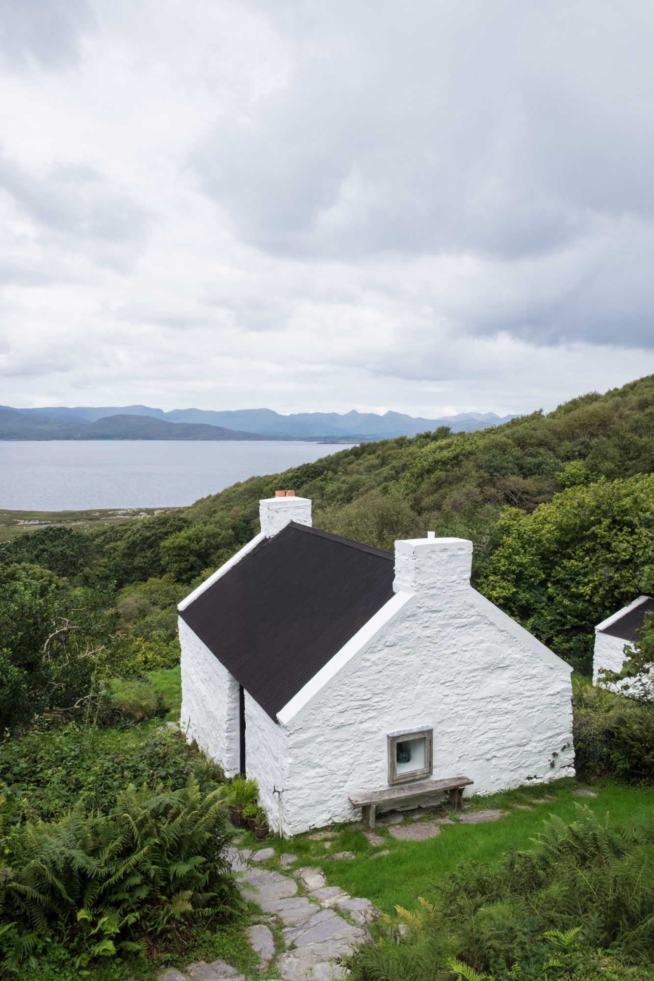 Ireland Part 1: Discovering The Beara Necessities with AirBnB – Emily Billings